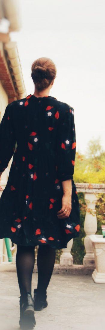 Robe noir motifs rouges blanc hiver automne femme